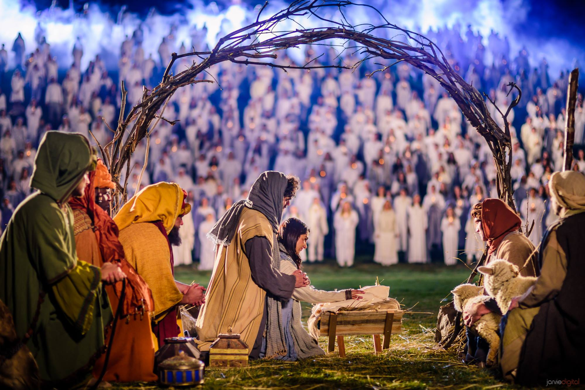 HUGE YouTubers Collaborate to Make World-Record Nativity Video to #ShareTheGift of Christmas