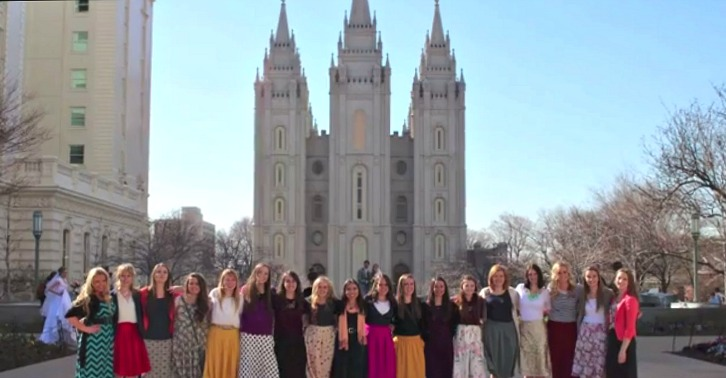 Video: Temple Square Sister Missionary Meetup