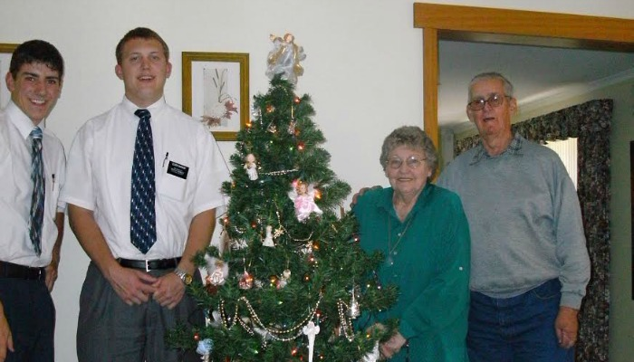 All Returned Missionaries Invited to Worldwide Christmas Mission Reunion