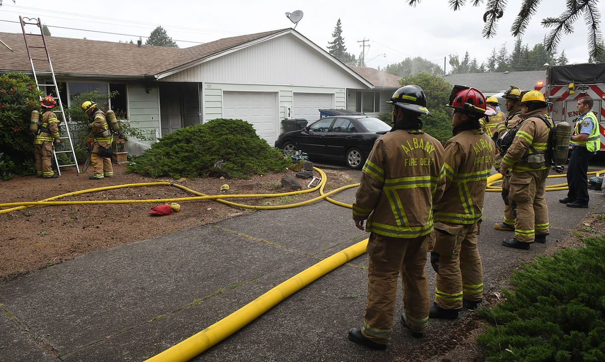 Sister Missionaries Rescue 2 Women from Fire