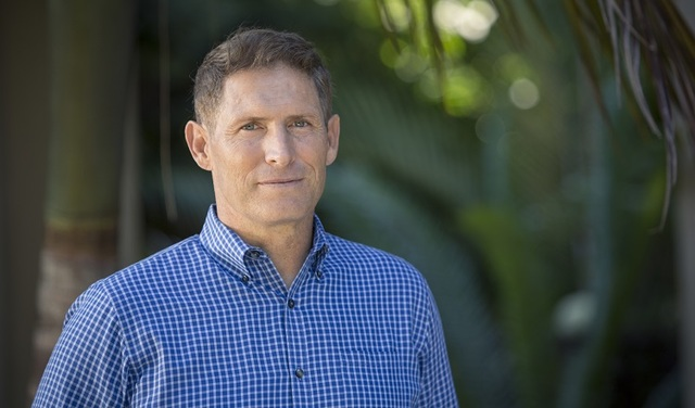 Steve Young Opens Up About Miraculously Surviving a Deadly Car Crash Without a Scratch