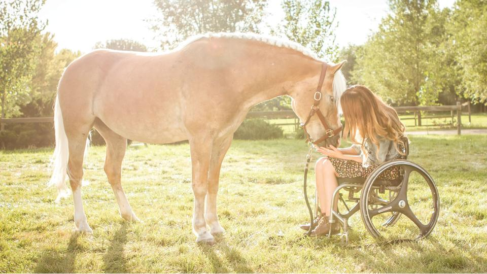 The Inspiring Story of Hope in Life After Paralysis: Cambry Kaylor