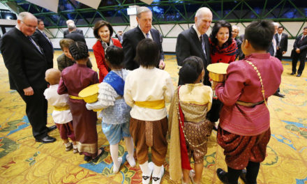 Reverent silence marks the largest gathering ever of Mormon faithful in Thailand