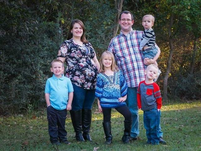 LDS Family Loses Both Parents, Newborn in Crash After Driving Home from Temple