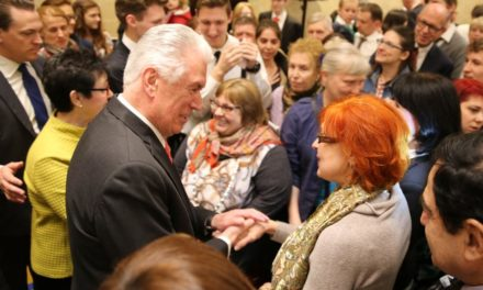 Elder Uchtdorf Discusses Future Russia Temple