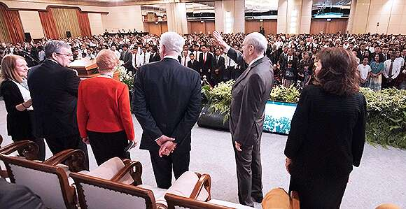 President Nelson Says the Church Will Grow in Indonesia—One Faithful Family at a Time